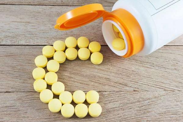 Vitamin C còn được gọi là axit ascorbic